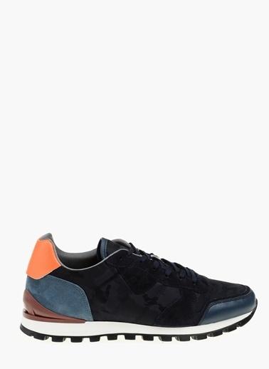 Sneakers-Que